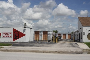 Business & Personal Storage in North Miami